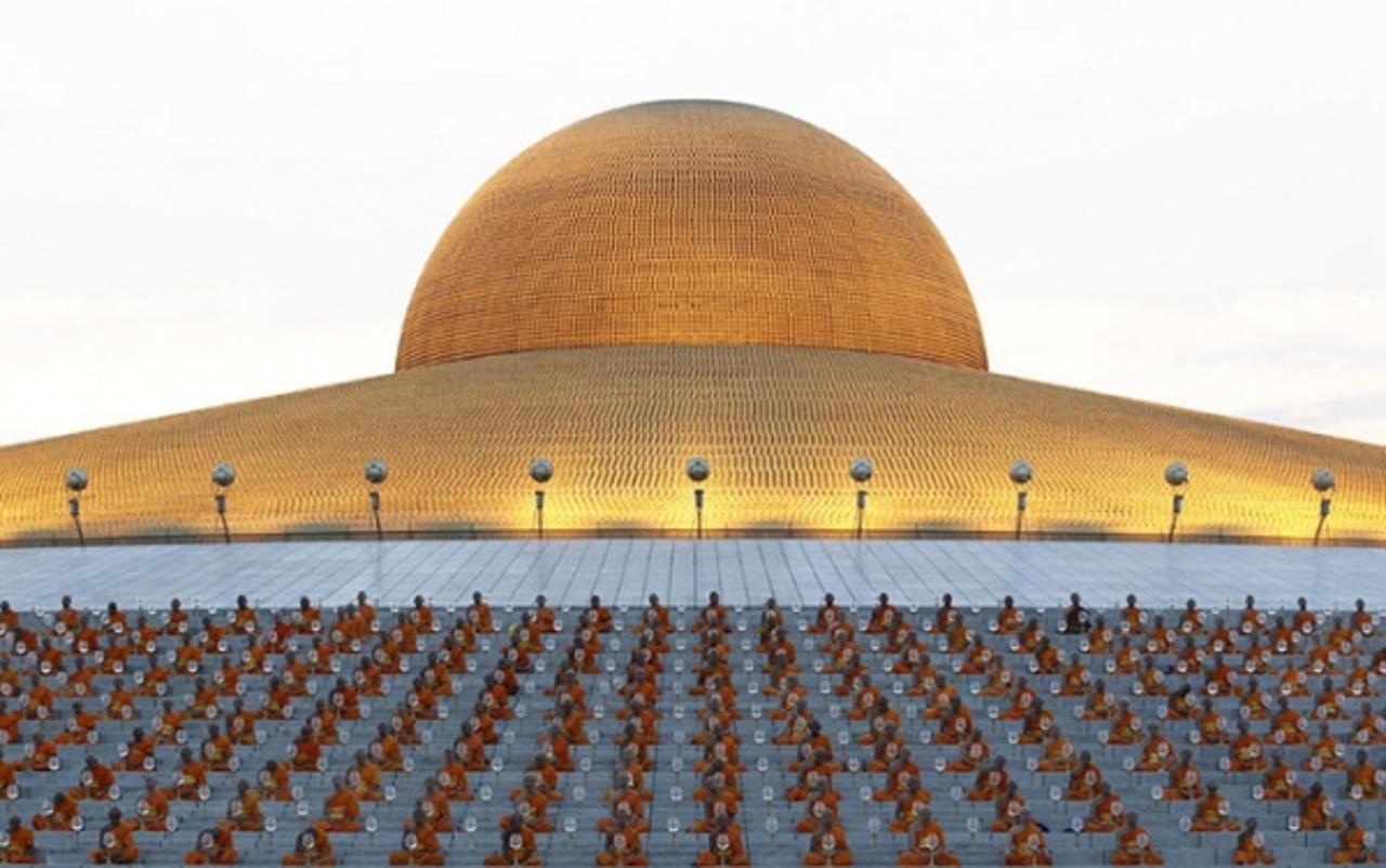 Ват Пхра Дхаммакая - Космический храм