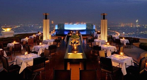Превосходный Бангкок и бар