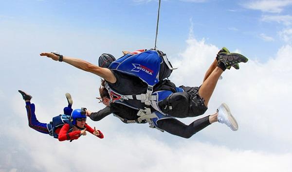 Прыжок с парашютом. Аэродром Банг Пхра